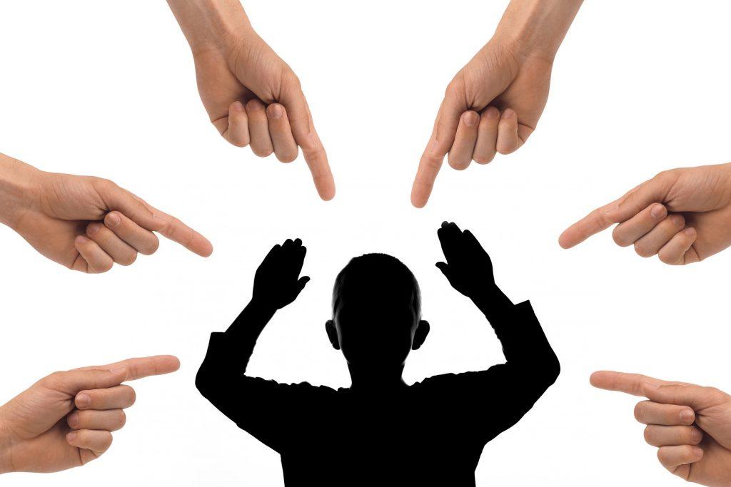 20. Sopimaton käytös oikeutuksena työsopimuksen päättämiseen